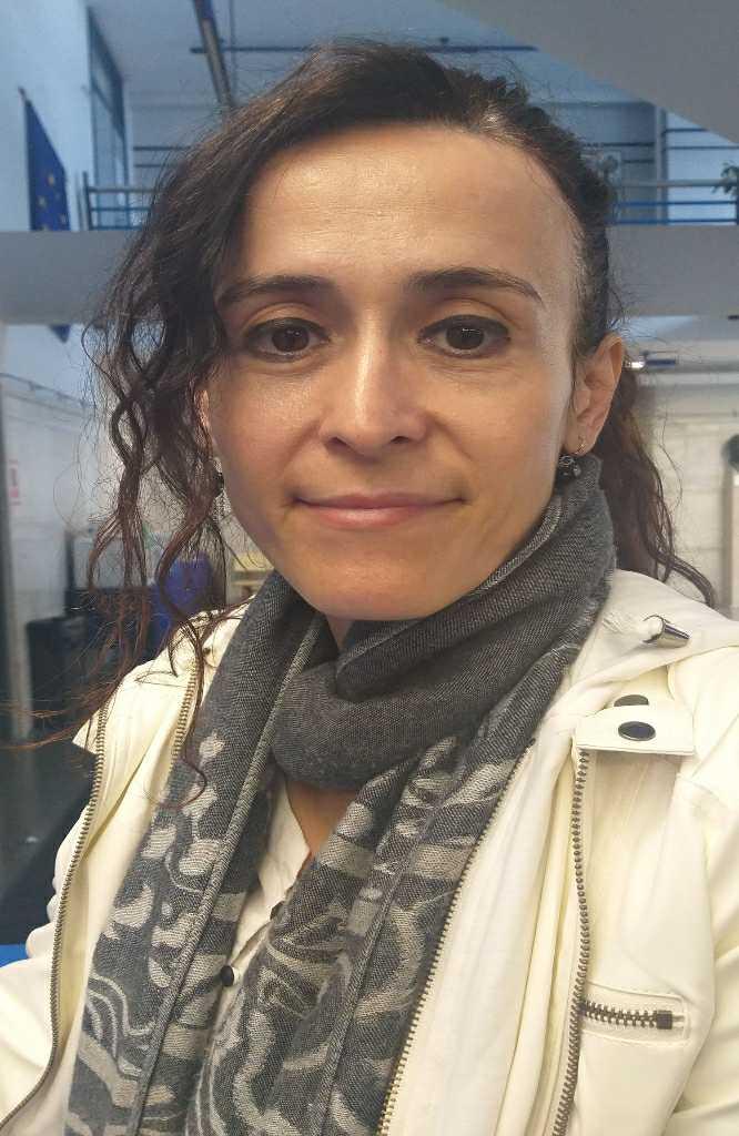 LAURA ALCACER
